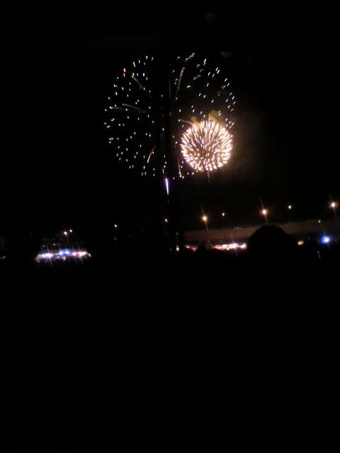 この前、淀川花火に行ってきました!